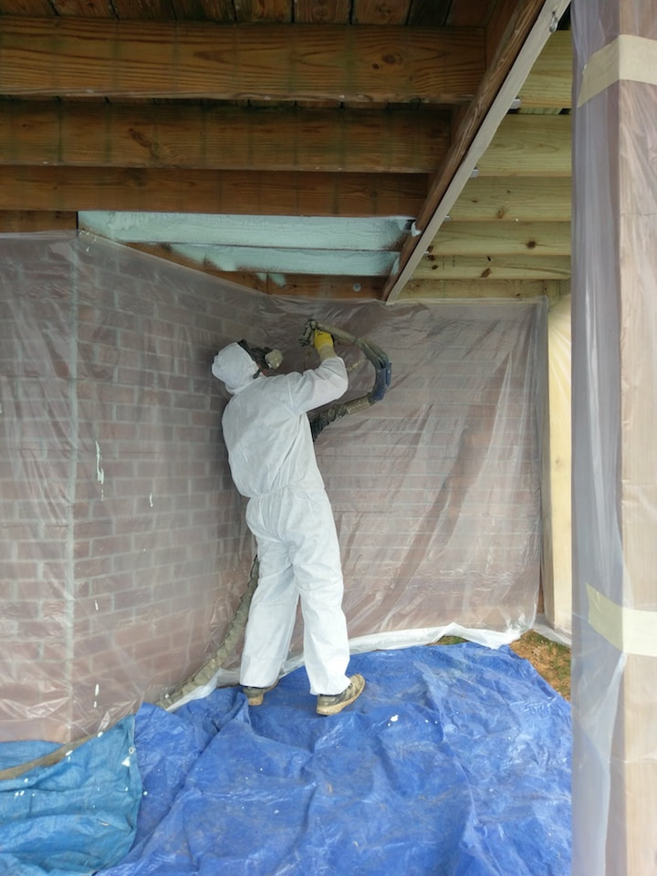Installing Spray Foam Insulation Tennessee